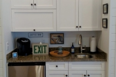 custom-mini-bar-cabinets
