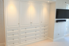 master-bedroom-cabinets