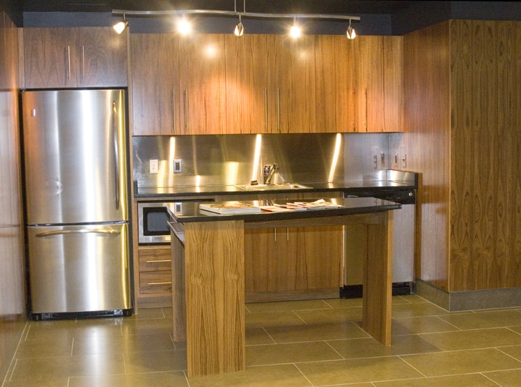 custom kitchen cabinets by Cutting Edge Cabinetry in Prince Frederick MD